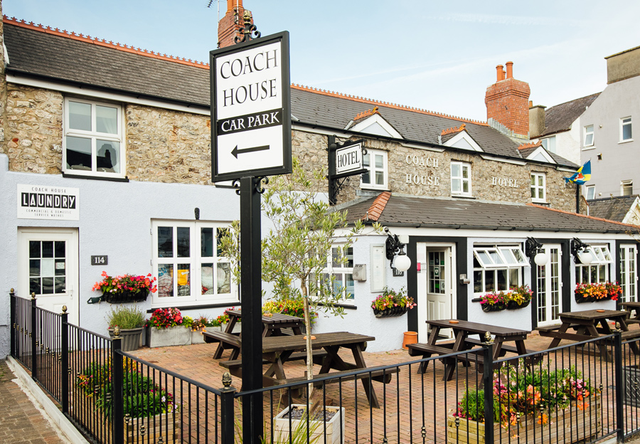 Home - The Coach House Hotel